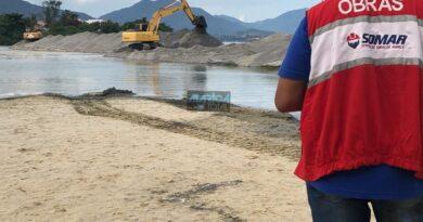 Canal da Barra de Maricá começa a ser aberto novamente